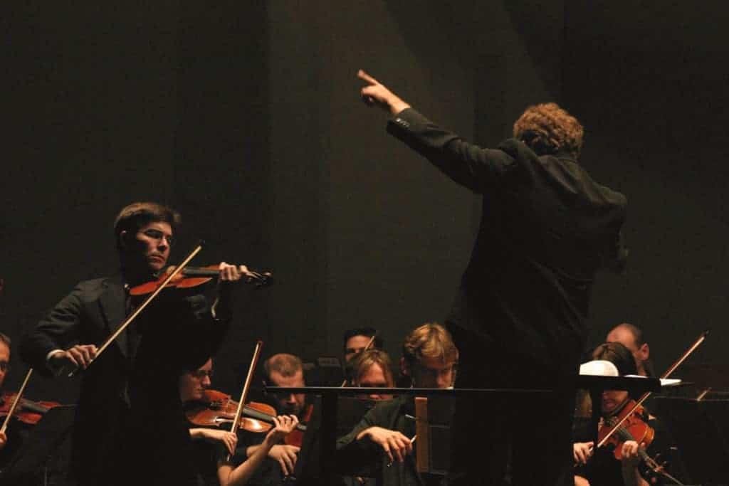 Nathan performing Brahms with Shlomo Mintz